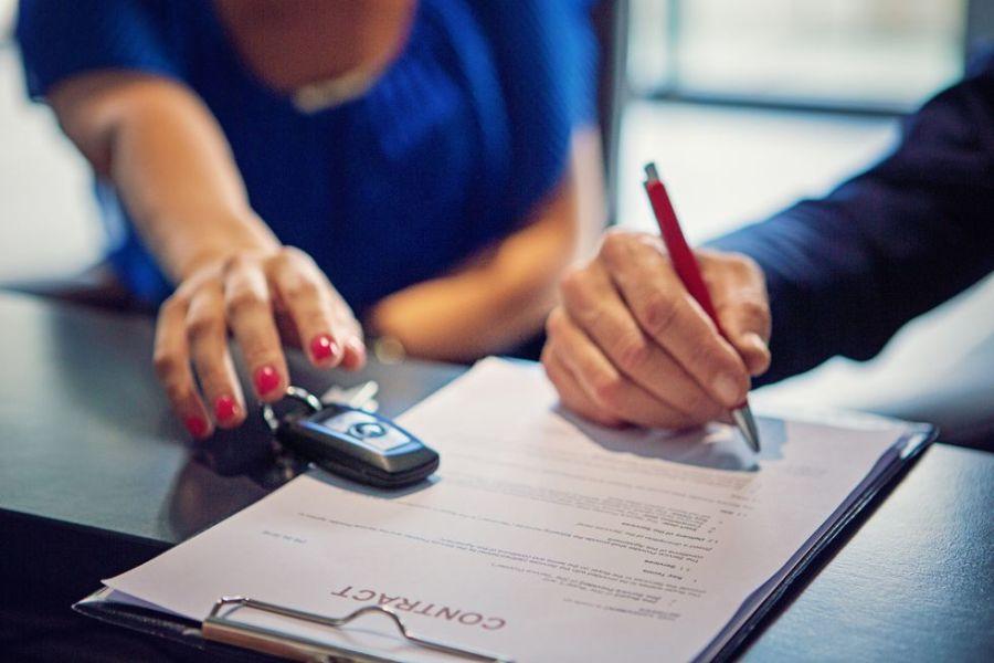 umowa kupna-sprzedaży pojazdu